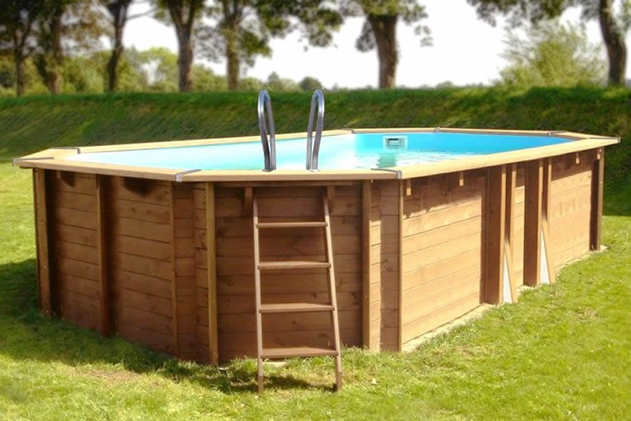 Pools aus Holz